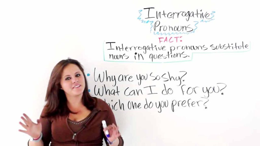 contoh interrogative pronoun